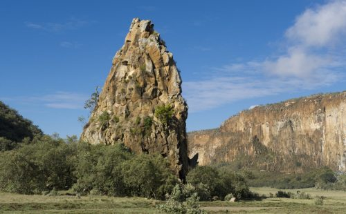 Fischer Tower in Hell`s Gate National Park