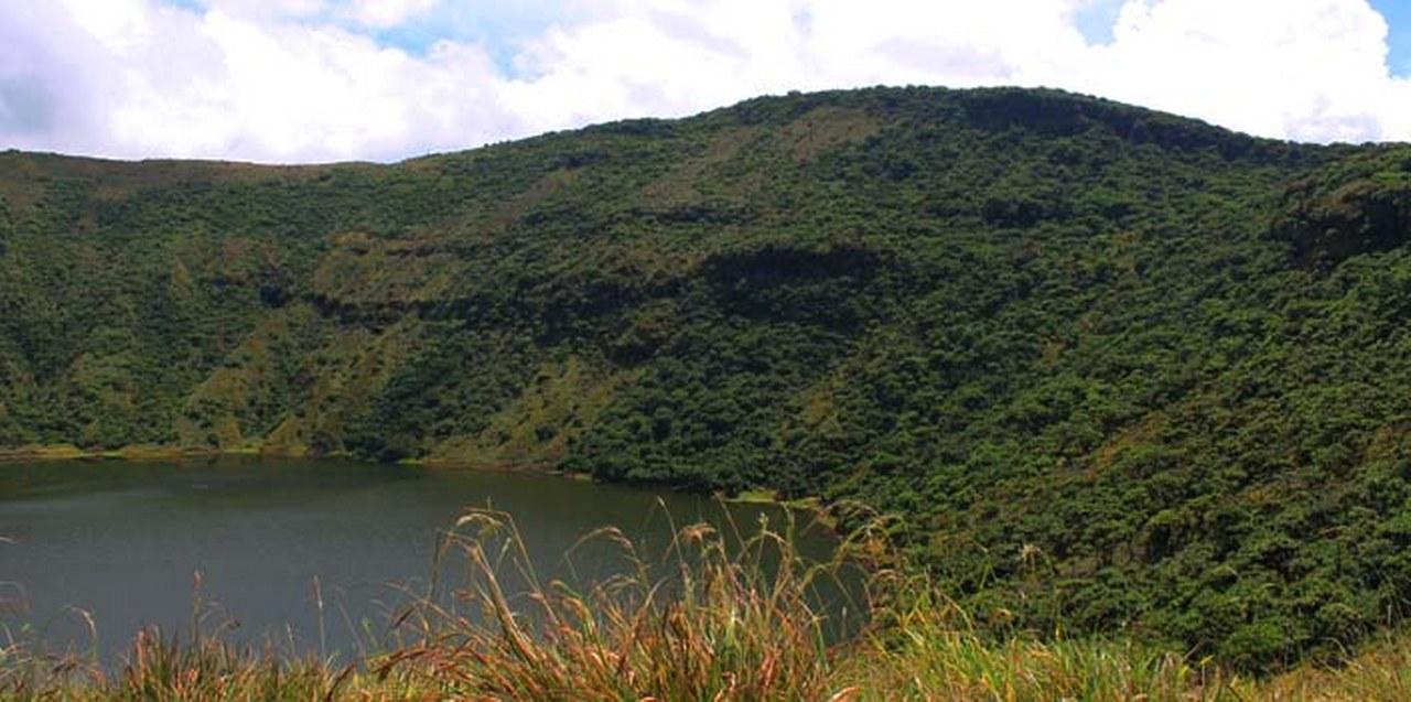 Hiking Bisoke Volcano