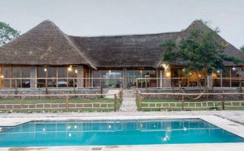 Ihamba Lake Side Safari Lodge uganda
