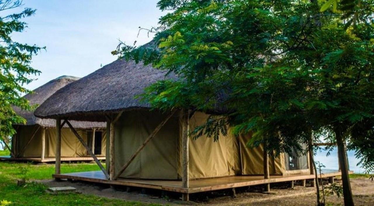 Ntoroko Game Lodge